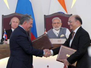 The Prime Minister, Shri Narendra Modi and the President of Russian Federation, Mr. Vladimir Putin witnessing the exchange of agreements, in Goa on October 15, 2016.