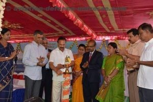 Union Minister Sadananda Gowda lighting the lamp.