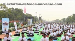 Yoga demonstration at Red Fort