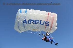 Ang-elles-parachute-team-2