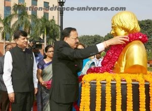 The Minister of State for Defence, Dr. Subhash Ramrao Bhamre garlanding
