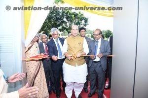 The Hon'ble Raksha Mantri, Shri Rajnath Singh, cutting the ribbon to inaugurate Product Development & Innovation Centre (PD&IC) of BEL.