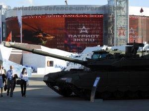 Russian Tank in full resplendence